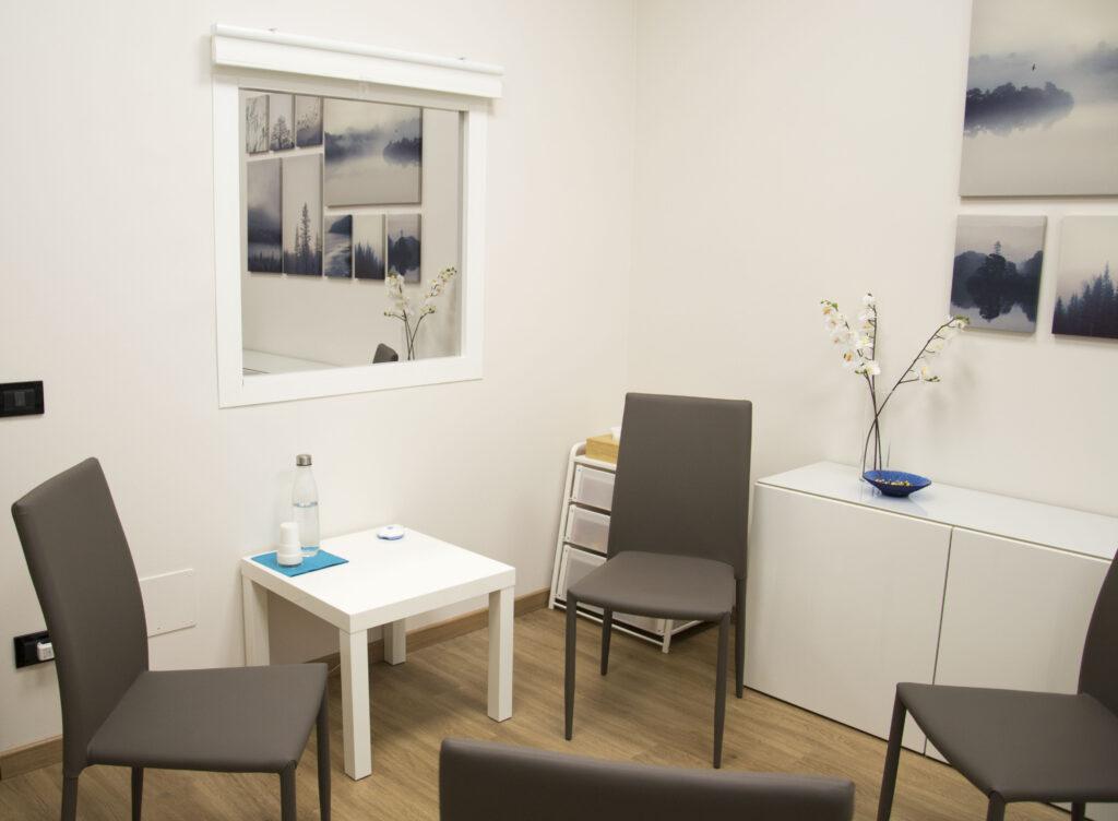 Sala con Specchio unidirezionale Centro Moveo Psicologia psicoterapia